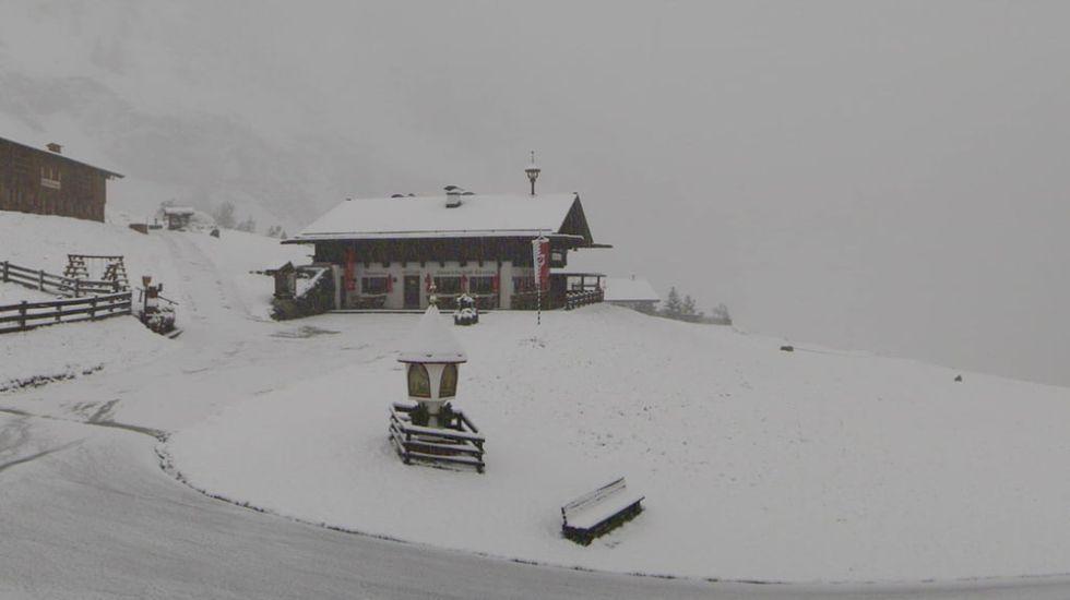Det snöar i alperna