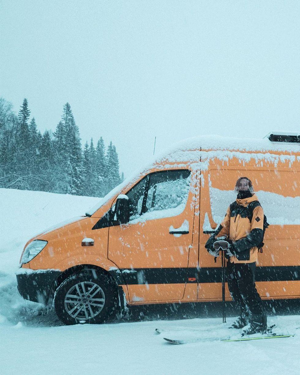 Vanlife för skidåkare - din guide till att bygga om & bo i bilen