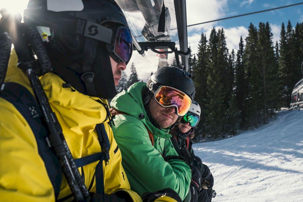 Skidtest: Vinterns bästa all mountain-skidor