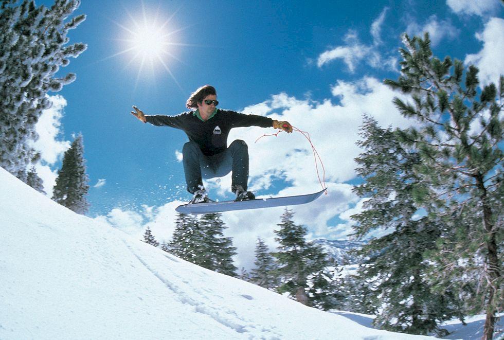 Snowboardens gudfader Jake Burton har gått ur tiden