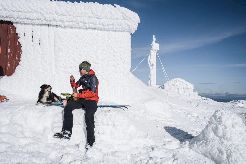 Mannen som går 100 000 fallhöjdsmeter varje vinter