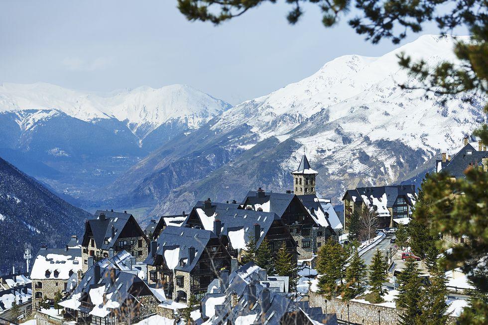 Baqueira-Beret - Puder i Pyrenéerna