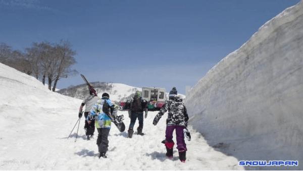 Skidorten som har vinterstängt – har för mycket snö