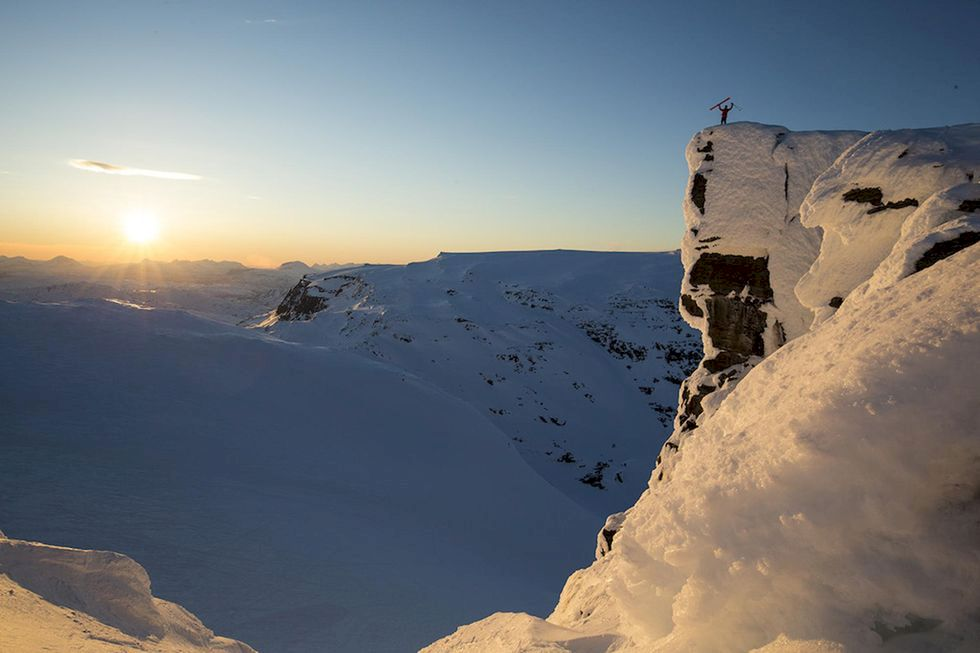 Fantastisk åkning under midnattssolen i Lappland
