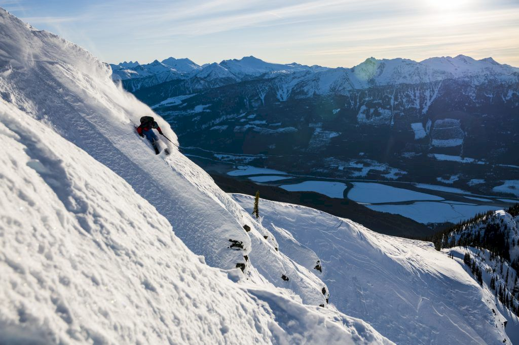 Greg Hill ski touring Mattias Fredriksson