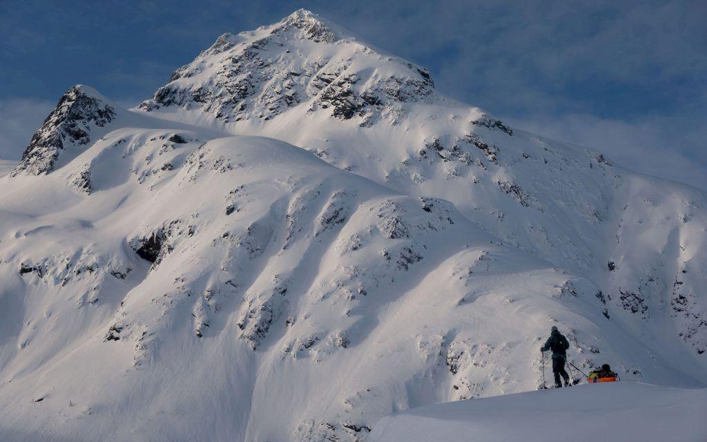 Skidor och pulka på Lofoten. Foto: Johan Kristofers