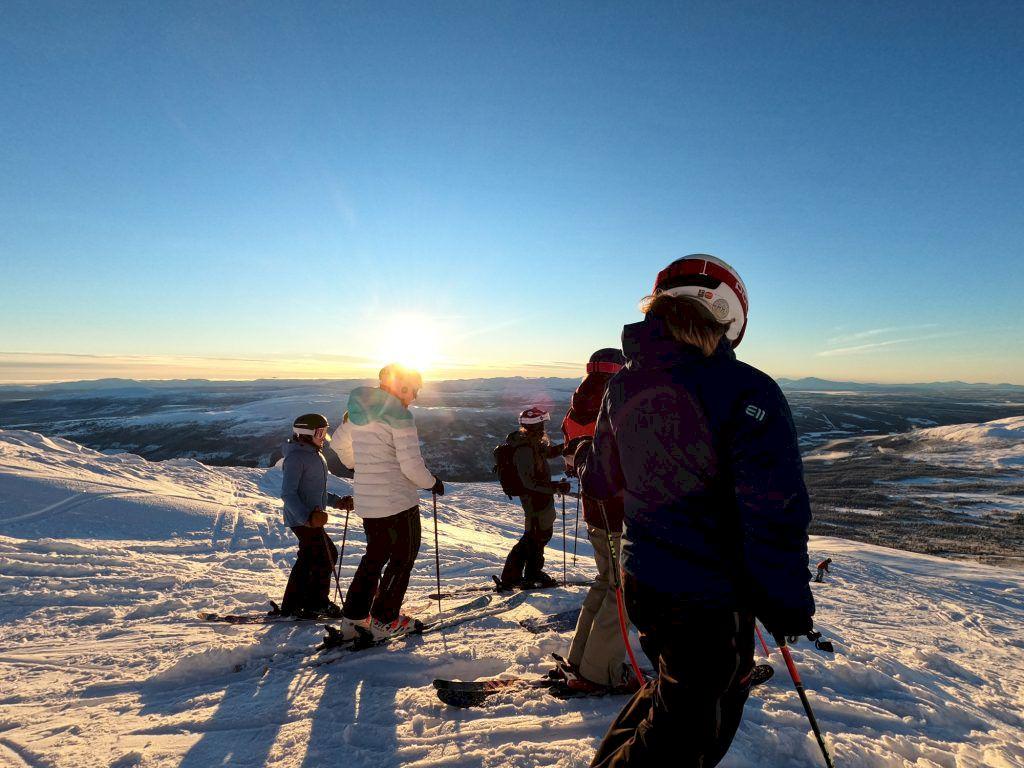 Under Åre Freeride Academy ligger fokus på lustfylld skidåkning i nya miljöer. Foto: InspireUs