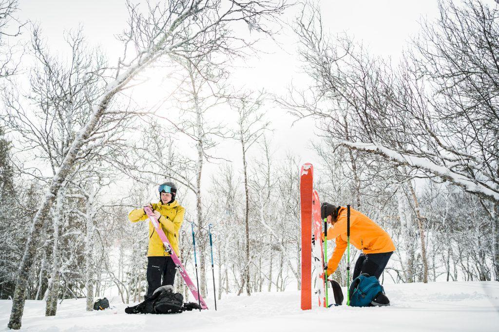 Lätta skidor som inte kompromissar med åkegenskaper. Foto: Linnea Henriks